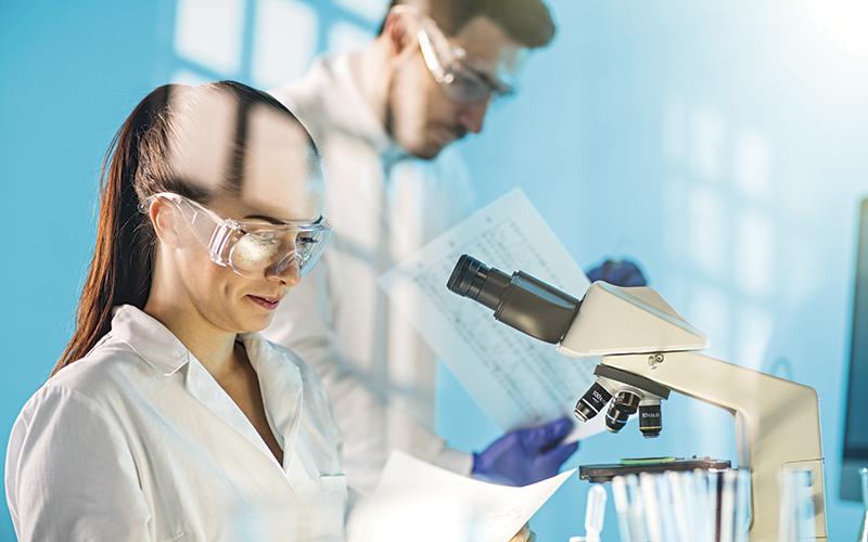 Scientists: iStock